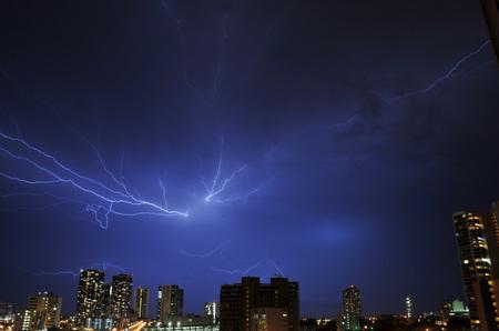 lightning_050211-03.jpg