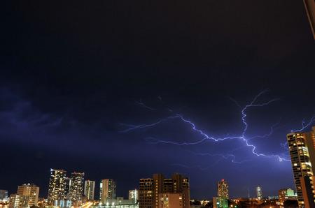 lightning_050211-04.jpg