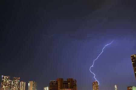 lightning_050211-06.jpg