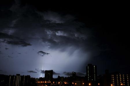 lightning_050211-10.jpg