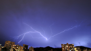 lightning_060411-02.jpg