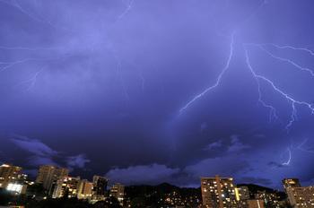 lightning_060411-03.jpg