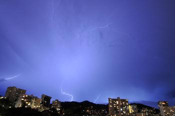 lightning_060411-01.jpg