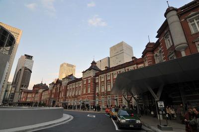 tokyo_station_122312-02.jpg